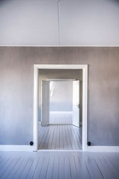 Kalklitir new colour.. Emma :) #kalklitir#emma Empty Room, Comfort Zone, Brown And Grey, My Dream Home, Interior Inspiration, Sweet Home, Room Decor, Indoor, House Design