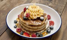 Some of the best restaurants in London just happen to be chains. Here are our favourite restaurants and cafés with six branches or more, ranked. The Breakfast Club London, Best Breakfast, Pancake Restaurant, Restaurant Recipes, Restaurant Bar, Delicious Desserts, Yummy Food, Pancake Day, London Food