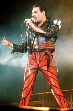 freddie mercury striped shorts