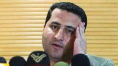 Image copyright                  Reuters Image caption                                      Shahram Amiri negaba que tuviera conocimientos profundos del programa nuclear de Irán o acceso a información clasificada.                                La vida del científico nuclear iraní Shahram Amiri estuvo envuelta en una intriga política digna de las misteriosas circunstancias en las que murió. La familia le aseguró este domingo a la BBC q