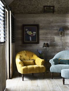 Boasting beautiful curved features and sumptuous fabrics of plush velvets and flocked textures this stunning Brassica chair offers timeless style and classic features.