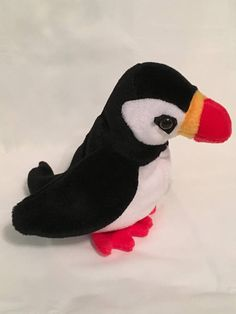 267ea556eeb TY Beanie Baby - PUFFER the Puffin Bird - Pristine with Mint Tags - PE  Pellets - Retired