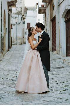 """Über 1.000 Ideen zu """"Italienische Hochzeitskleider auf Pinterest ..."""