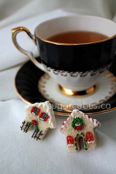Decorated Sugar Cubes for the Sweetest Tea Parties and Showers! A beautiful gift for the hostess or your guests.