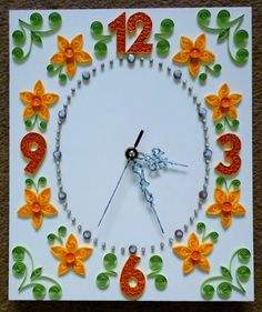 quilling falióra sárga virágokkal / quilled wall clock with yellow flowers Paper Quilling Cards, Paper Quilling Jewelry, Quilled Paper Art, Paper Quilling Designs, Quilling Craft, Quilling Patterns, Quilling Ideas, Quilling Flowers, Diy And Crafts