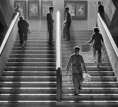 fan-hos-incredible-black-and-white-street-photography-of-1950s-hong-kong/ https://petapixel.com/2014/08/25/