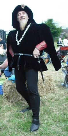 a late 15th century set - woolen hose, silk doublet, silk velvet robe and chaperon - by Prior Attire - https://www.facebook.com/pages/Prior-Attire/140313531692