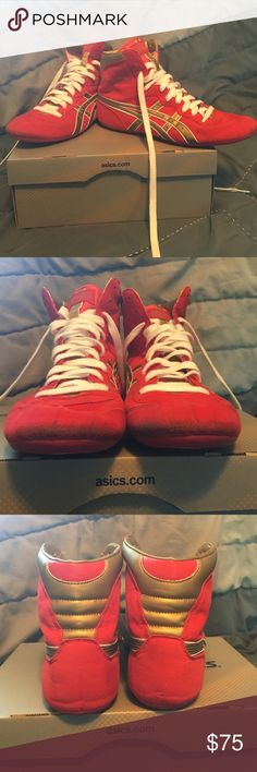 Dave Schultz Asics Wrestling Shoes USA red/gold/white wrestling shoes, used once, but little bit of wear on front from use (shown in pic 2), otherwise great condition Asics Shoes Athletic Shoes