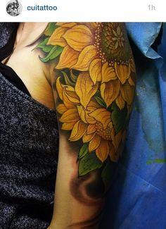Best sunflower tattoo I've seen