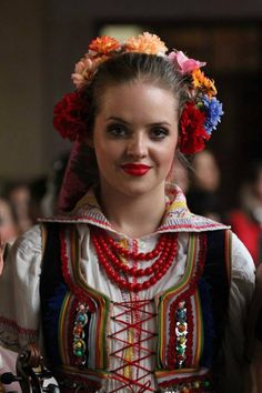 Folk costume from Krzczonów (Lublin region), Poland. Art Costume, Folk Costume, Traditional Fashion, Traditional Dresses, Polish Clothing, Polish Folk Art, Folk Dance, Beautiful Costumes, Folk Fashion