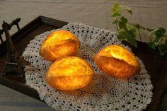 """Ein idealer Beitrag, in dem sich Food- und Designblogger vereinen können. Pampshades von Yukiko Morita ist eine Verbindung des französischen Wortes """"Pan"""" f"""