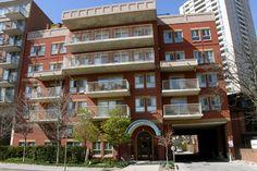 Angus House - 268 Merton Street Toronto, Ontario