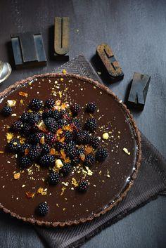 Dark Chocolate Tart with Blackberries and Hazelnut Praline