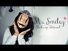 Spanish Tutorial, but easy to understand! Ms. Smiley - Halloween Makeup Tutorial - YouTube