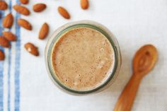 Banana, Date and Almond Shake