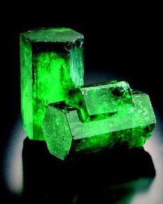 Fine natural emerald crystal | #Geology #GeologyPage #Mineral  Locality: Muzo-La Pita mining area.  Photo Copyright  Gonzalo Jara  Geology Page www.geologypage.com