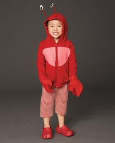 Squid hat costume by hin mizushima pinterest costumes 20 easy to make kids costumes that will save you money this halloween solutioingenieria Image collections