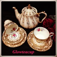 """""""Sadler"""" gold floral swirl teapot @ IDR 1850 k with """"Paragon"""" peach and gold tea set trio @ IDR 1000 k. Tea Cup Set, My Cup Of Tea, Vintage Tea Parties, Tea Party Table, Tea And Crumpets, Teapots And Cups, Teacups, China Tea Sets, Tea Caddy"""