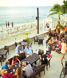 The 7 Best Brunches on Grand Cayman Island | Air Canada enRoute