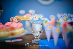 As Donzelas foram usadas para servir os doces! Birthday Candles, Cake, Desserts, Food, Once Upon A Time, Cinderella, Sweets, Tailgate Desserts, Deserts