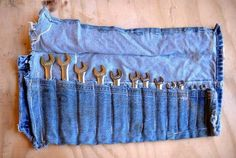 Полезные вещи, которые можно сделать из старых джинсов