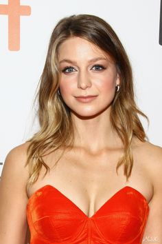 Melissa Benoist born October 1988 (age in Littleton, Colorado, United States. She is famous American actress and singer. Melissa Benoist Hot, Melissa Marie Benoist, Cute Celebrities, Celebs, Melissa Benoit, Melissa Supergirl, Supergirl Superman, I Love Girls, Hot Girls