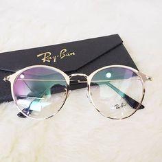 Maui Jim Sunglasses, Cute Sunglasses, Sunglasses Women, Glasses Frames Trendy, Nice Glasses, Lunette Style, Fashion Eye Glasses, Womens Glasses, Eyeglasses