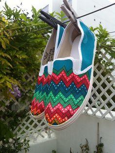 Zapatillas pintadas a mano Rayos por VeraBaum en Etsy, €34.00