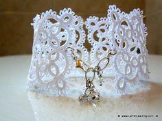 Filigree Lace Tatted Bracelet Cuff Vintage Feel  WHITE by LaPerLaA, €21.00