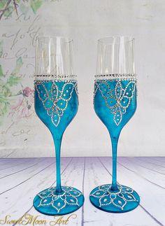 Copas para boda azul, copas de champagne, flautas champagne, copas brindis azul, boda azul, flautas para boda, copas boda pintadas de SweetMoonArt en Etsy