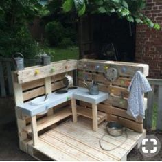 Stylish pallet furniture patio ideas that actually makes sense. The post Splendid DIY Pallet Furniture Ideas (Chair, Table, Bed, Benches, etc) You Should Try appeared first on Best Pins for Yours. Kids Outdoor Play, Outdoor Play Spaces, Backyard For Kids, Outdoor Fun, Outdoor Decor, Pallet Patio Furniture, Furniture Ideas, Furniture Stores, Furniture Outlet