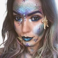 17 Best Mermaid Makeup Ideas and Tips for Halloween 2020   Glamour Cool Halloween Makeup, Halloween Eyes, Halloween Mermaid, Halloween 2020, Halloween Wishes, Couple Halloween, Happy Halloween, Halloween Party, Halloween Costumes