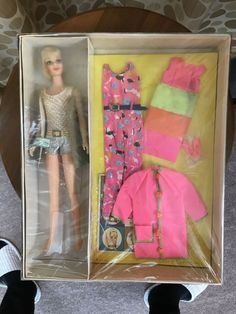 Vintage Complete Blonde Casey Goes Casual Giftset Assembled Refurbished Ken Barbie Doll, Barbie And Ken, Barbie Dream, Vintage Barbie Clothes, Vintage Dolls, Antique Dolls, Vintage Outfits, Cheerleading Outfits, Barbie Movies