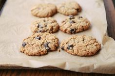 To adapt a recipe to be gluten-free, there's a littlescience and mathinvolved, then youplay with flavors, youfollow your instincts-- and then you eat. Shauna shows us how while converting a Food52 favorite: Merrill'sCrispy Oatmeal Chocolate Chip Cookies.