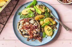 Calorie-focus - Gevulde portobello met geitenkaas en gekarameliseerde rode ui