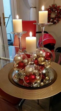 Dollar Store Christmas Table Centerpieces - Wine Glass Candle Holders - Recycled Christmas Decorations - Dollar Store Christmas Table Centerpieces - Wine Glass Candle Holders Wine glasses as candle holders Dollar Tree Christmas, Christmas Home, Christmas Wreaths, Christmas Crafts, Elegant Christmas, Christmas Balls, Christmas Glasses, Beautiful Christmas, Christmas Ideas