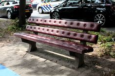 chesterfield park bench by joost goudriaan