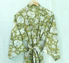 Cotton Kimono, Floral Kimono, Festival Outfits, Festival Clothing, Kimono Design, Wedding Kimono, Kimono Fashion, Women's Fashion, Night Wear