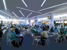 Reforma 222 food court