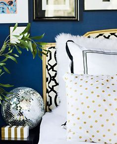 We Heart Navy & Gold — Gild + Wit