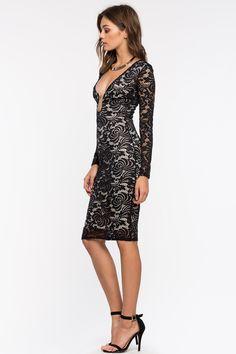 Кружевное платье Размеры: S, M, L Цвет: черный Цена: 2509 руб.     #одежда #женщинам #платья #коопт