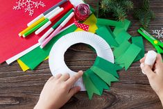 Five Fun Kids' Christmas Crafts Christmas Paper Plates, Fabric Christmas Trees, Christmas Crafts To Make, Christmas Tree Cards, Christmas Activities, Simple Christmas, Kids Christmas, Christmas Wreaths, Paper Plate Crafts For Kids