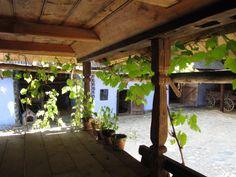 Prispa unei case românești