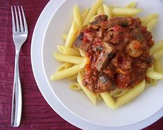 Penne with Spicy Beef & Mushroom Sauce (makes 4-6 servings; total cost per serving: $2)