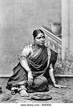 Brahmin woman, India, Get premium, high resolution news photos at Getty Images Vintage Photography Women, Vintage Photos Women, Vintage Photographs, Royal Indian, Indian Photoshoot, Vintage India, Figure Sketching, Indian Heritage, Asian History