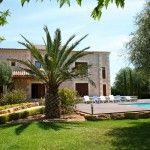 Luxury newly built Majorcan style country house. Situated only a few minutes from Alcudia and the local beaches.