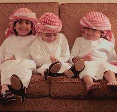 Masha Allah kinne sweet kids with pagdi Precious Children, Beautiful Children, Beautiful Babies, Happy Baby, Happy Kids, Little Babies, Cute Babies, Cute Kids Pics, Cute Baby Wallpaper