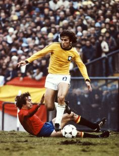 Zico of Brazil rides a challenge during the 1978 FIFA World Cup group match between Brazil and Spain which ended goalless in Mar Del Plata on June 7, 1978 in Mar Del Plata, Argentina.
