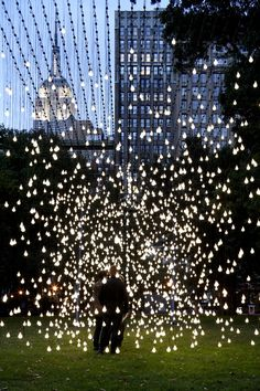 light installation by jim campbell
