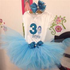 Frozen birthday tutu outfit. www.stylotutuboutique.com  #stylotutuboutique #queenelsatutu #personalized #littlegirl  #Frozen #queenofarendelle #lightbluetutu